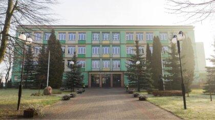Ostrów Mazowiecka - Samorząd Uczniowski Rubinka postanowił wynagrodzić codzienny