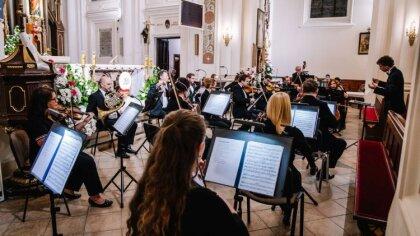 Ostrów Mazowiecka - W kościele pw. Wniebowzięcia NMP w Ostrowi Mazowieckiej, dni
