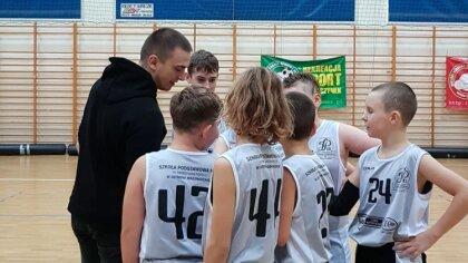 Ostrów Mazowiecka - Sekcja koszykówki chłopców U12 MKS-u Ostrowianki właśnie roz
