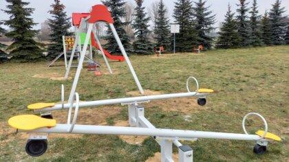 Ostrów Mazowiecka - W Gminie Zaręby Kościele powstało 5 nowych placów zabaw. Każ