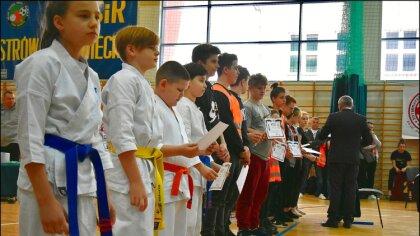 Ostrów Mazowiecka - Odbyły się 19. Mistrzostwa Ostrowskiego Klubu Karate Kyokush