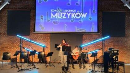 Ostrów Mazowiecka - Miejski Dom Kultury w Ostrowi Mazowieckiej, w szczególności