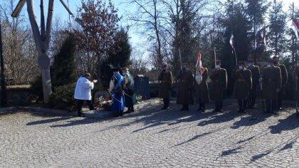 Ostrów Mazowiecka - W Zarębach Kościelnych odbyły się uroczyste obchody 81. rocz