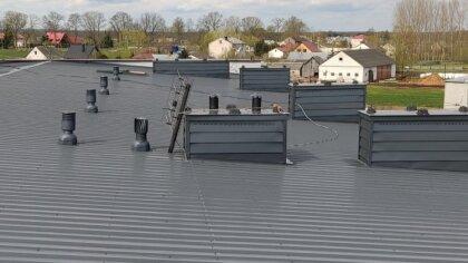 Ostrów Mazowiecka - Zakończyły się prace termomodernizacyjne na dachu budynku D