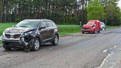 Ostrów Mazowiecka - Trzy samochody osobowe zderzyły się na drodze Ostrołęka - Os