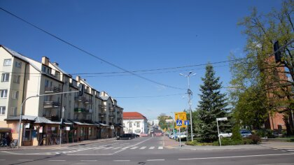 Ostrów Mazowiecka - Na południu i zachodzie przelotne opady deszczu i burze. Poz