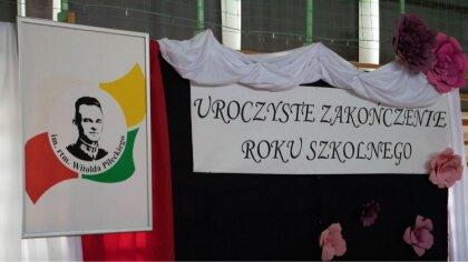 Ostrów Mazowiecka - Nadszedł tak długo oczekiwany dzień przez wszystkich uczniów