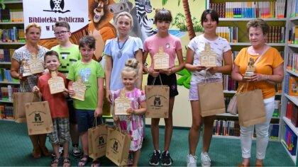 Ostrów Mazowiecka - Nagrodzeni zostali najlepsi czytelnicy Biblioteki Publicznej