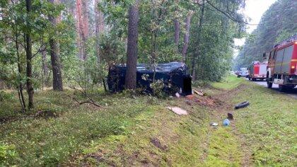 Ostrów Mazowiecka - Zdarzenie na drodze krajowej nr 694, samochód dostawczy nie