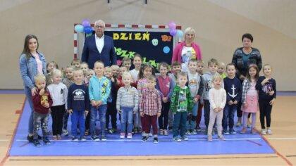 Ostrów Mazowiecka - Dzieci z Przedszkola Miejskiego w Broku świętowały Ogólnopol