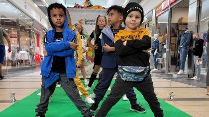 Ostrów Mazowiecka - Pokazy mody z udziałem najmłodszych cieszą się coraz większy
