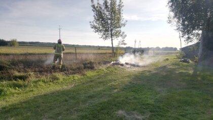 Ostrów Mazowiecka - Strażacy zostali zaalarmowani o pożarze domu w miejscowości