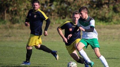 Ostrów Mazowiecka - Czwartą wygraną w sezonie zanotowali piłkarze z Andrzejewa.