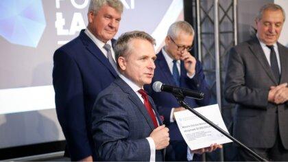 Ostrów Mazowiecka - Samorządowcy otrzymali dofinansowania podczas konferencji do