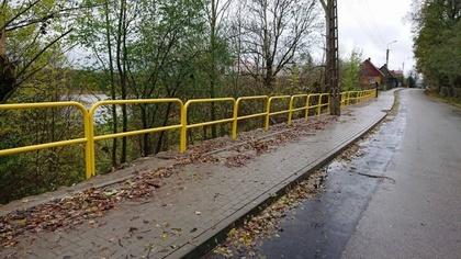 Ostrów Mazowiecka - W październiku zakończyła się budowa chodnika przy ul. Broko