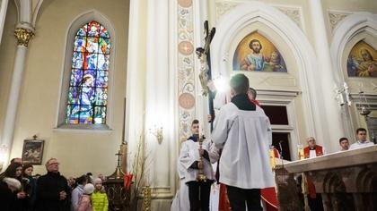 Ostrów Mazowiecka - Tysiące ostrowian i mieszkańców powiatu ostrowskiego wzięło