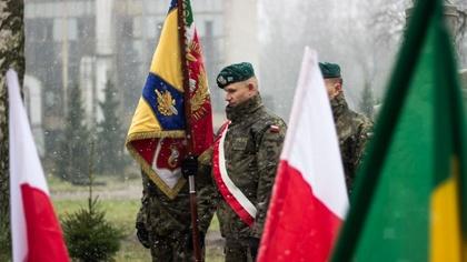 Ostrów Mazowiecka - Wójt gminy Ostrów Mazowiecka i dowódca 22 Wojskowego Ośrodka