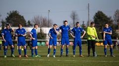 Sport: Ostrów Mazowiecka - Piłkarze MKS Małkinia w spotkaniu 17 kolejki rozgr