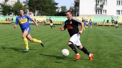 Ostrów Mazowiecka - W spotkaniu 8 kolejki rozgrywek ligi okręgowej w grupie Ciec