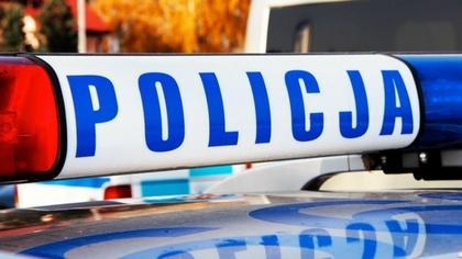 Ostrów Mazowiecka - Policja uwolniła 9-letnią dziewczynkę z jednego z mieszkań w