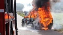 Ostrów Mazowiecka - W nocy z czwartku na piątek doszczętnie spłonął samochód oso