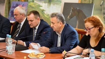 Ostrów Mazowiecka - Ostrowscy radni z klubu Niezależni Razem zaniepokojeni sytua