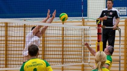 Ostrów Mazowiecka - Cztery samorządowe drużyny wzięły udział w turnieju piłki si