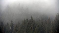 Ostrów Mazowiecka - Spędzając czas w górach lub nad wodą korzystajmy j