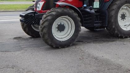 Ostrów Mazowiecka - Napędzają maszyny, ciągną przyczepy i urządzenia rolnicze. N